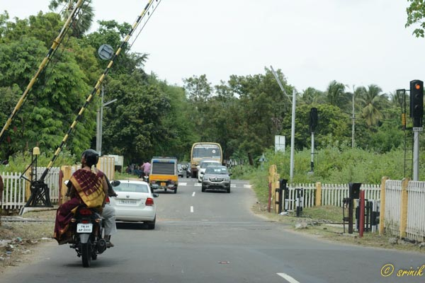 Busy Road leaving Kerala Trip Memories